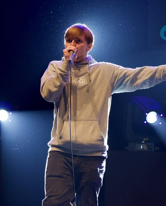 Napom on stage